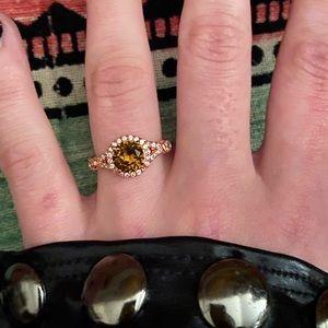 Fragrant Jewels Ring 💍